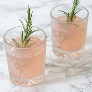 Grapefruit & rosemary drink